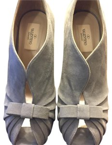 Valentino grey Pumps