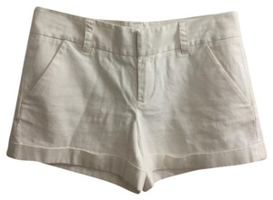 French Connection Mini/Short Shorts Off-white