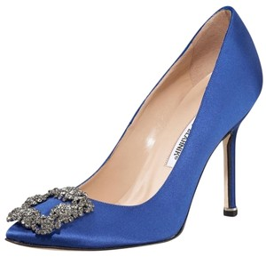 Manolo Blahnik royal blue Pumps