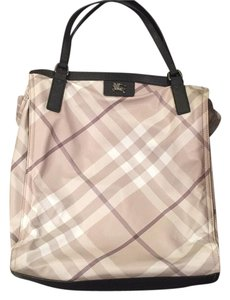 Burberry Tote in Fawn Check