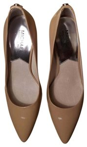 Michael Kors Tan Pumps