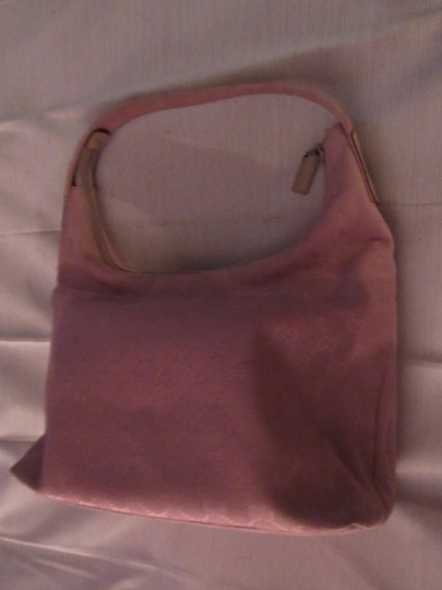 Gucci Lots Pockets Excellent Condition Perfect For Everyday Hobo/Shoulder Great Pop Color Hobo Bag Image 9