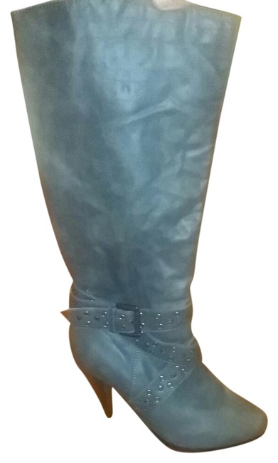 Gray Boots/Booties Size US 8 Regular (M, B) Gray Boots/Booties Size US 8 Regular (M, B) Image 1