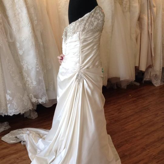 Mori Lee Ivory/Silver Satin Wedding Dress Size 14 (L) Image 2