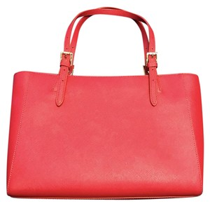 Tory Burch Tote in Red (Kir Royale)