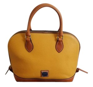Dooney & Bourke Satchel in Palomino