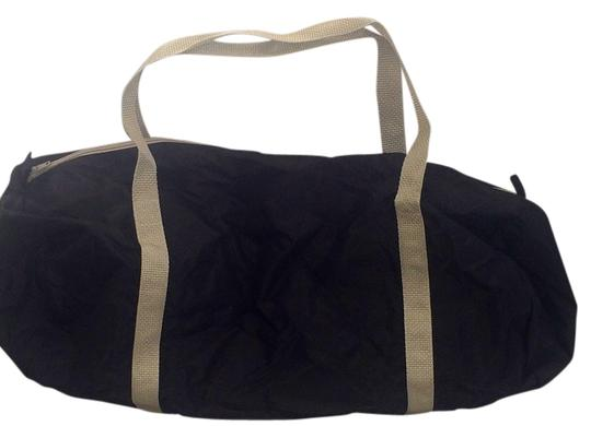 Preload https://item4.tradesy.com/images/american-apparel-gym-black-and-silver-nylon-pack-cloth-nylon-weekendtravel-bag-2054213-0-0.jpg?width=440&height=440
