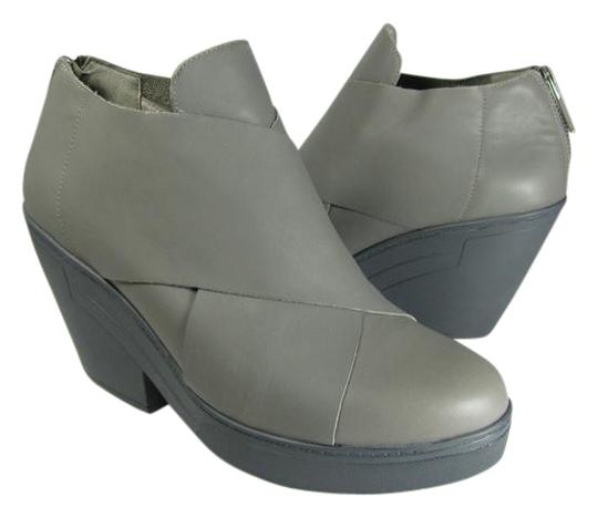 Preload https://img-static.tradesy.com/item/20542217/eileen-fisher-gray-cosmo-leather-ankle-bootsbooties-size-us-95-regular-m-b-0-1-540-540.jpg