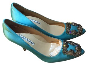 Manolo Blahnik Aqua Pumps
