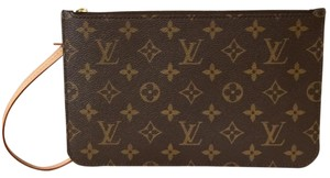 Louis Vuitton Wristlet in Brand new Neverfull Pochette MM-GM. Copy of receipt included! Monogram