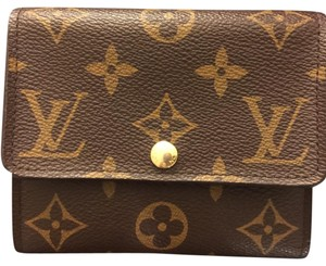 308ad1c3441e Louis Vuitton Monogram Wallets - Up to 70% off at Tradesy