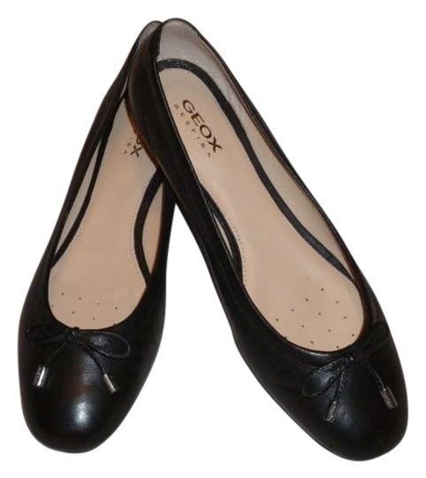 Preload https://item4.tradesy.com/images/geox-black-leather-ballerina-flats-size-us-7-regular-m-b-205433-0-0.jpg?width=440&height=440