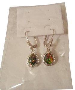 Other ** NWT ** 18K WHITE FIRE OPAL LEVER BACK EARRINGS