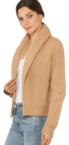 Vince Sweater. Cardigan caramel Jacket