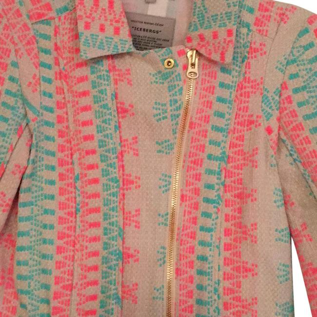 Preload https://img-static.tradesy.com/item/20544803/beige-with-pink-and-turquoise-iceberg-blazer-size-6-s-0-2-650-650.jpg