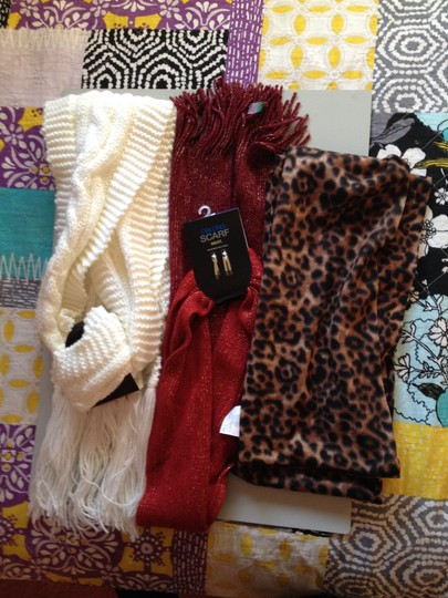 3 Scarves (Mix It and Old Navy) 3 Scarves from Mix It/Old Navy