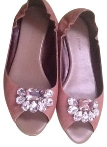 Banana Republic Front Jewels light brown Flats