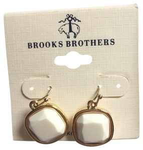 Brooks Brothers earring
