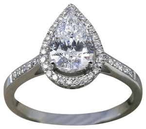 9.2.5 Gorgeous cushion diamond quality halo engagement ring size 6