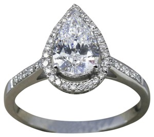 9.2.5 Gorgeous cushion diamond quality halo engagement ring size 7