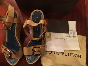 Louis Vuitton TAN AND BLUE Wedges
