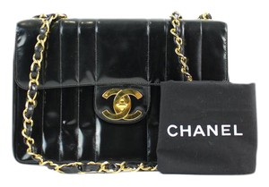 Chanel Maxi Quilted Jumbo Classic Flap Ghw Shoulder Bag