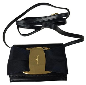 Salvatore Ferragamo Gold Hardware Vintage Leather Small Dark Navy Blue Clutch