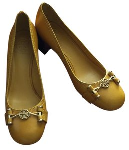 Tory Burch yellow- Goldenrod Pumps
