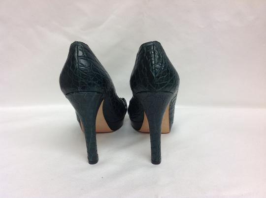 Gucci Limited Edition Green Pumps Image 4