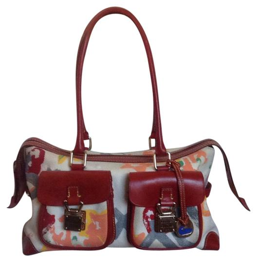 Preload https://img-static.tradesy.com/item/20546263/dooney-and-bourke-purse-off-white-red-multi-canvas-with-leather-trim-shoulder-bag-0-1-540-540.jpg