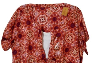Northcrest Floral Print Top Plumb