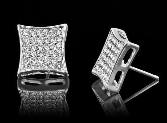 Preload https://img-static.tradesy.com/item/20546701/silver-and-clear-13mm-platinum-plated-square-crystal-cz-stud-earrings-0-0-540-540.jpg