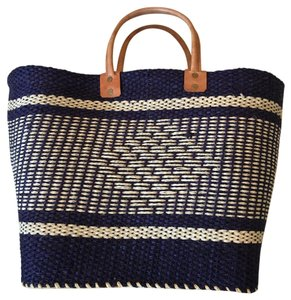Mar Y Sol Tote in Navy