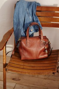 Fossil Leather Signature Satchel in Brown