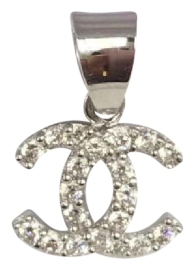 Other stories 18k solid white gold italy pendant with for And other stories italia