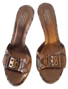 Coach Brown/Tan Sandals