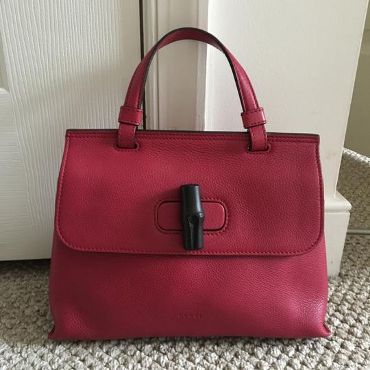 Preload https://img-static.tradesy.com/item/20548065/gucci-bamboo-daily-pink-leather-satchel-0-2-540-540.jpg