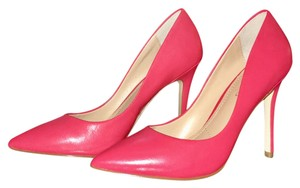 Charles by Charles David Color Sexy Style Sold Out Brand New Leather CORAL LEATHER Pumps