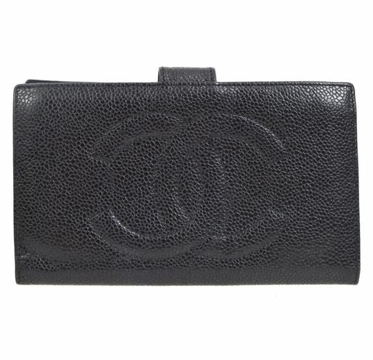 Preload https://img-static.tradesy.com/item/20548368/chanel-black-quilted-leather-fold-wallet-0-6-540-540.jpg