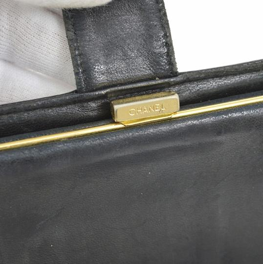 Chanel Chanel quilted black leather fold wallet Image 8