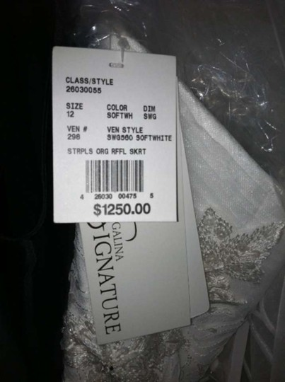 David's Bridal Soft White Organza Swg560 Sexy Wedding Dress Size 12 (L)