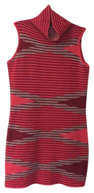 Item - Multicolor Fitted Short Casual Dress Size 8 (M)
