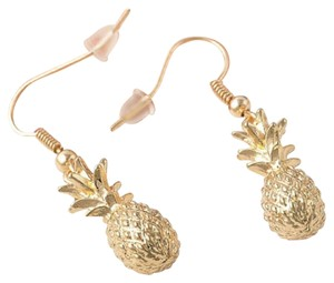 Gold tone pineapple earrings