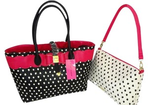 Betsey Johnson Black Gold Hardware Smaller Xbody Fuchsia Trim Tote in black/bone/fuchsia