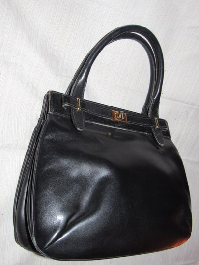 Gucci True 1960's Mod Early Kelly Style Mint Vintage Multiple Compartment Satchel in buttery soft black leather Image 2