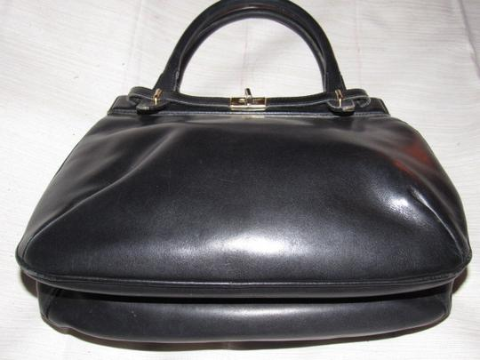 Gucci True 1960's Mod Early Kelly Style Mint Vintage Multiple Compartment Satchel in buttery soft black leather Image 4