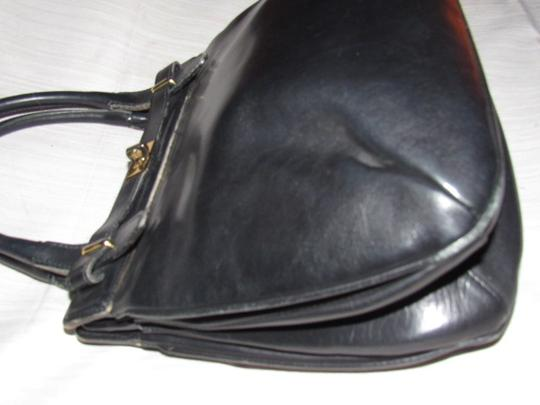 Gucci True 1960's Mod Early Kelly Style Mint Vintage Multiple Compartment Satchel in buttery soft black leather Image 6