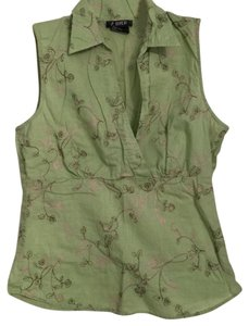 A. Byer Top Avacado green w/ brown and tan embroidery