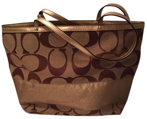 Coach Tote in gold and brown