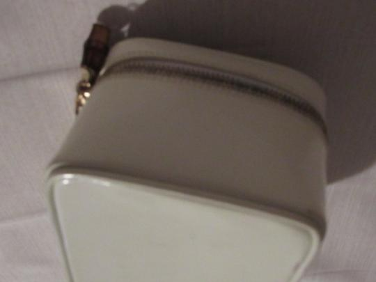 Gucci Petite But Roomy Dual Zip Closure Excellent Vintage Restored Lining Bamboo Accents Satchel in white patent leather Image 7
